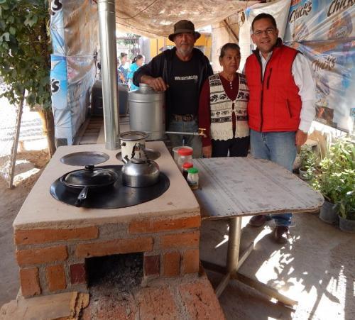Entrega Semarnat Estufas Ahorradoras En Hermosillo El
