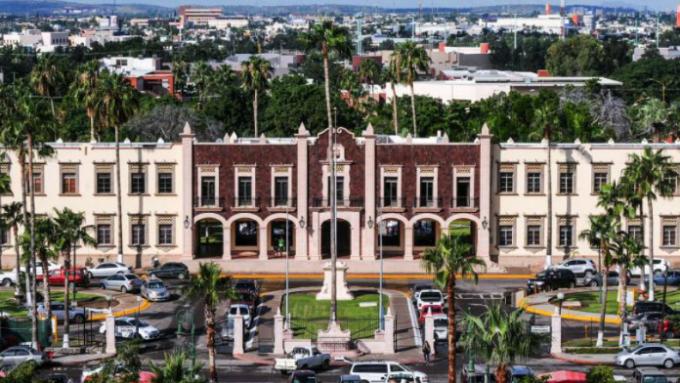 Cumple 30 a os licenciatura en historia en unison el for Universidades en hermosillo